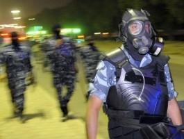 """كويتية تضرب مصريا وضابطا بـ""""الحزام"""" بسبب هاتف محمول"""